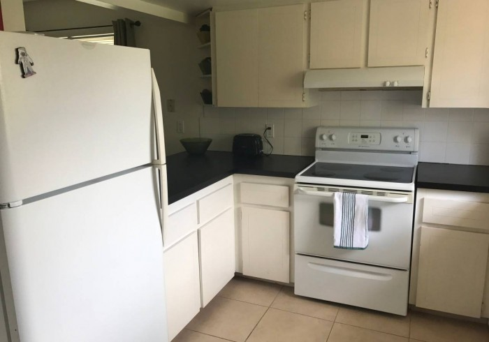 3 - Kitchen