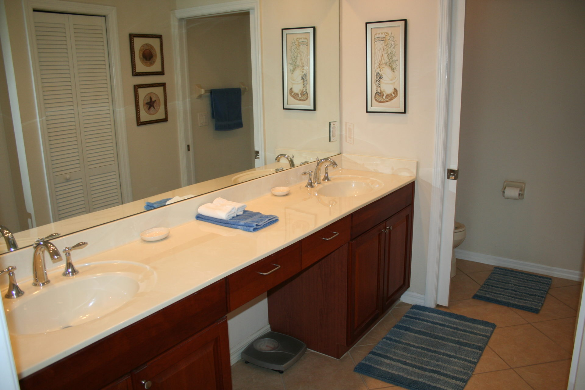 9 - Master Bathroom