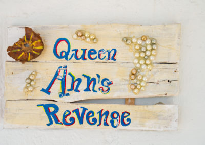 Queen Ann's Door Sign