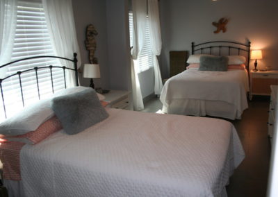 Flamingo - Guest Bedroom